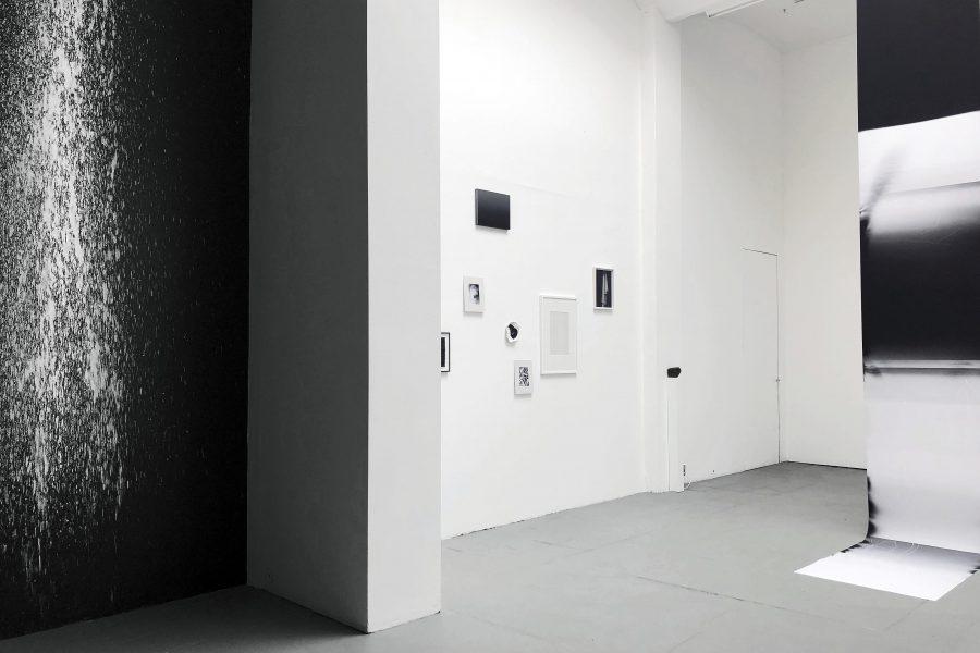0+255 Ausstellungsansicht Meinblau Projektraum 2019